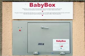 Babybox_-_venkovní_strana
